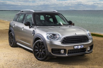 2017 Mini Countryman Cooper D review by Practical Motoring