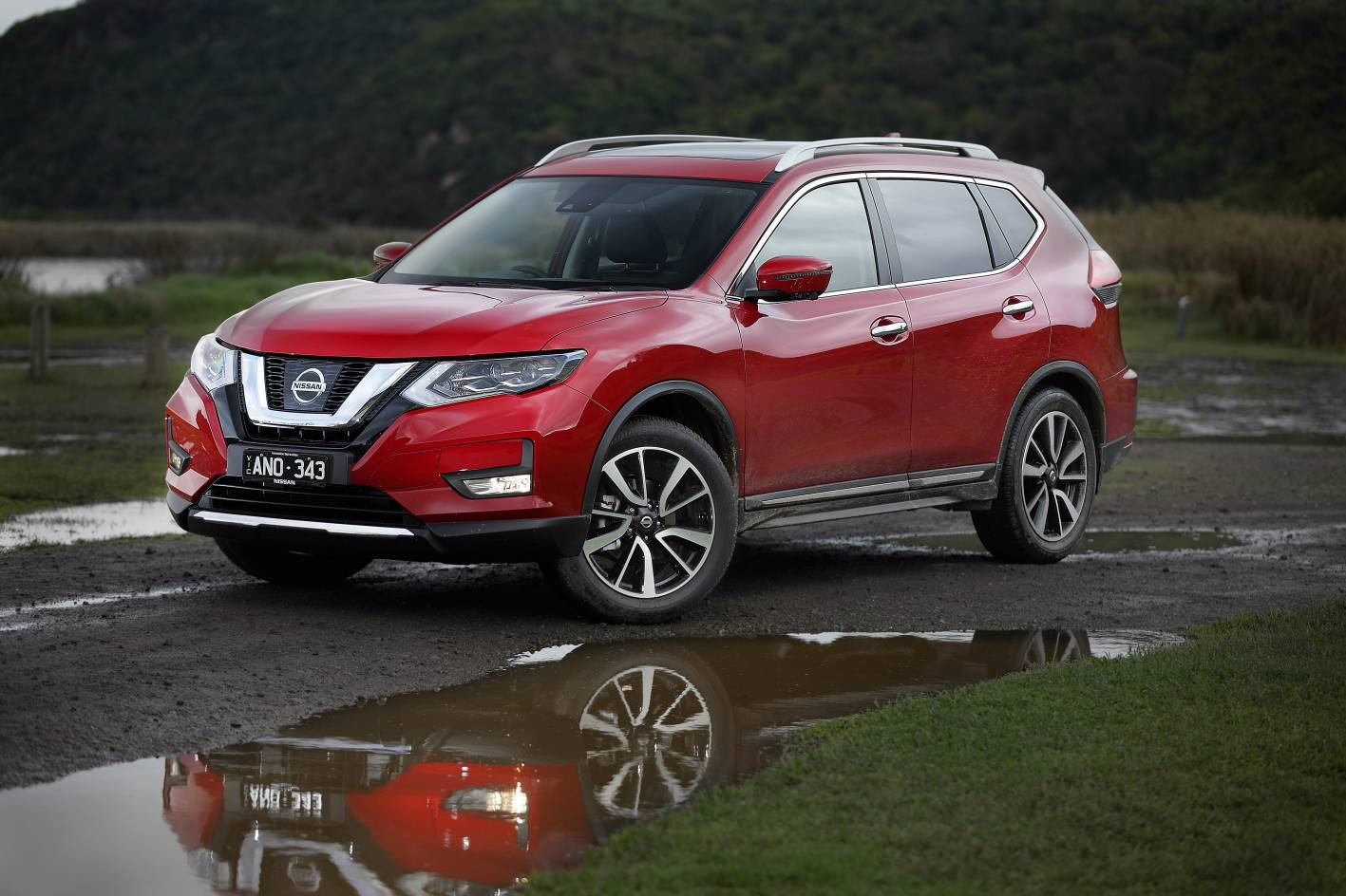 2017 nissan x trail ti review practical motoring. Black Bedroom Furniture Sets. Home Design Ideas