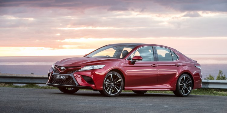 2018 Toyota Camry Review by Practical Motoring