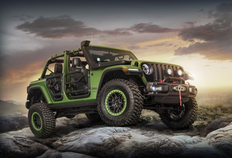 Mopar is showcasing a selection of its 200-plus product portfolio for the all-new 2018 Jeep® Wrangler with a pair of personalized vehicles on display during press days at the L.A Auto Show, including a four-door 2018 Jeep Wrangler Rubicon Unlimited.