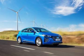 2018 Hyundai Ioniq Hybrid Premium Review