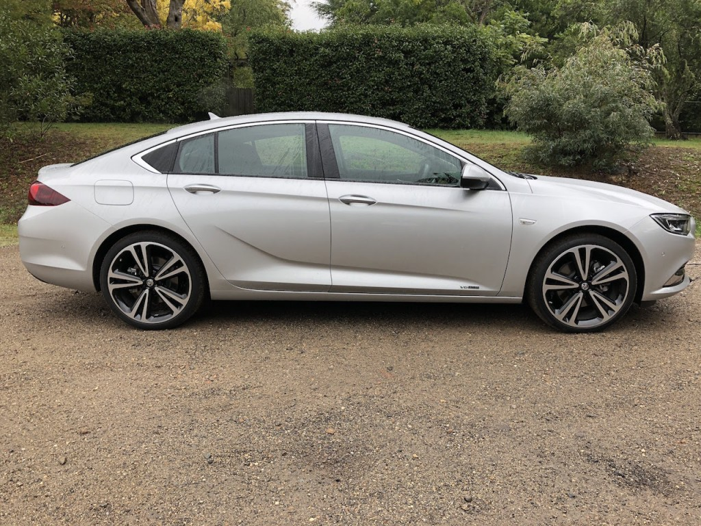 2018 Holden Commodore Calais-V Review
