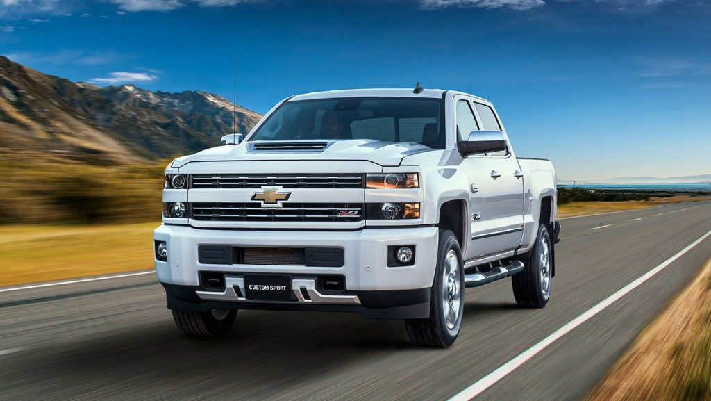 2016 chevy 2500 midnight edition price