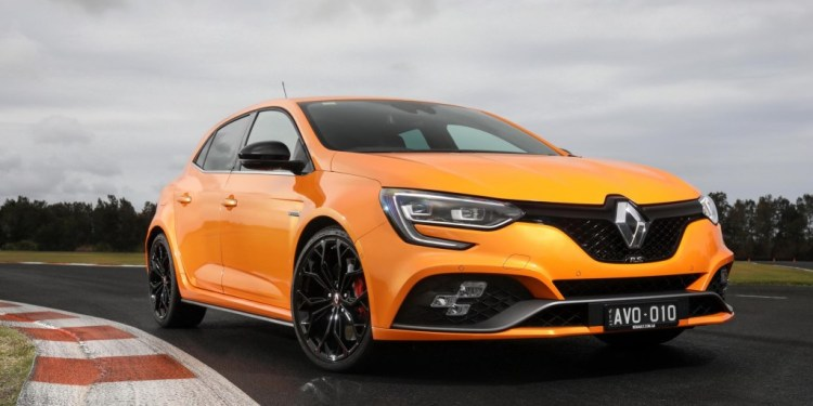 2018 Renault Megane RS Review by Practical Motoring