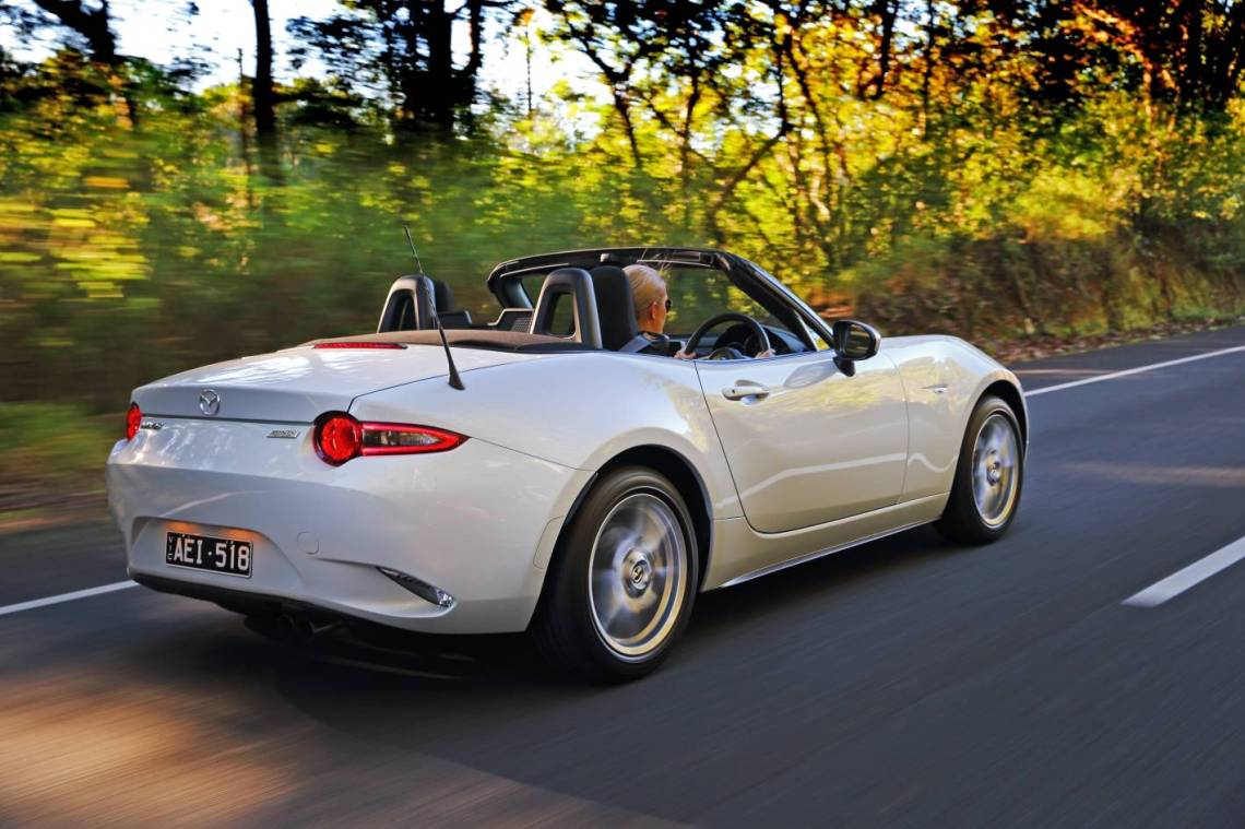 2019 Mazda MX-5 Roadster Review by Practical Motoring