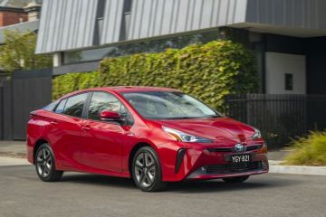 2019 Toyota Prius detailed