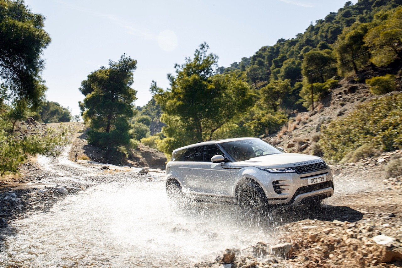 New Range Rover Evoque 2019 Review - First Drive ...