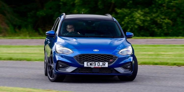 Ford Focus ST sliding