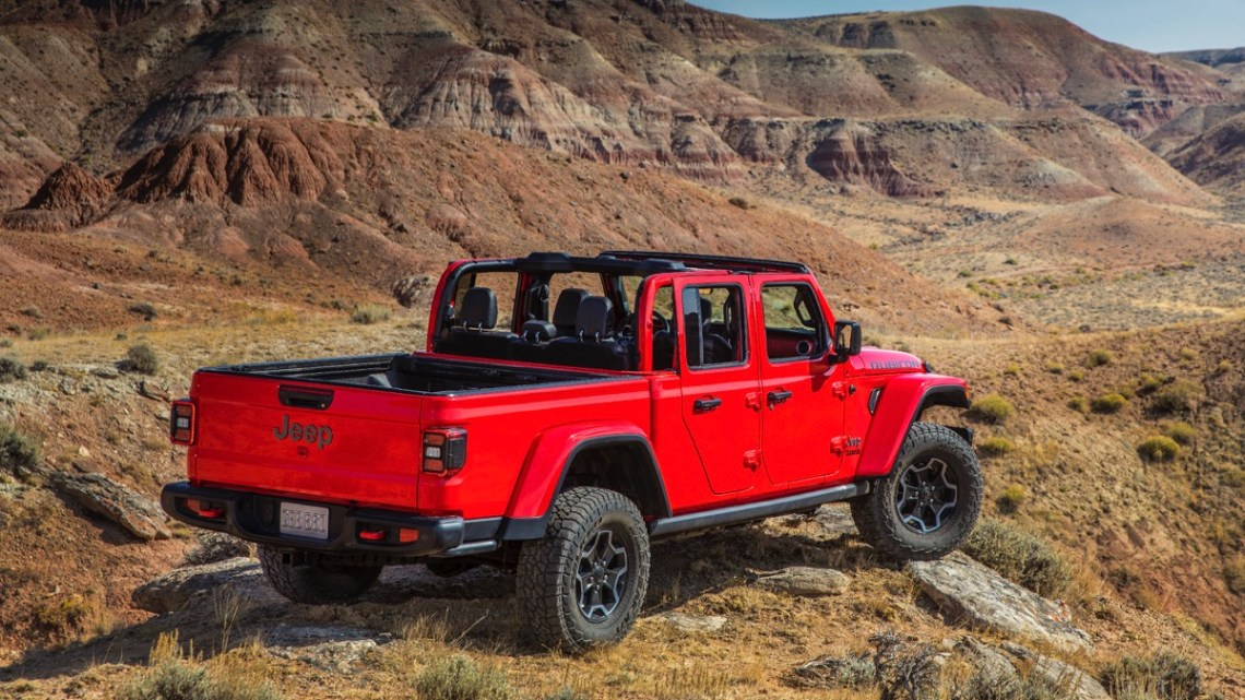 Jeep Gladiator Rubicon rear red
