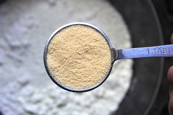 Powdered egg for complete pancake mix