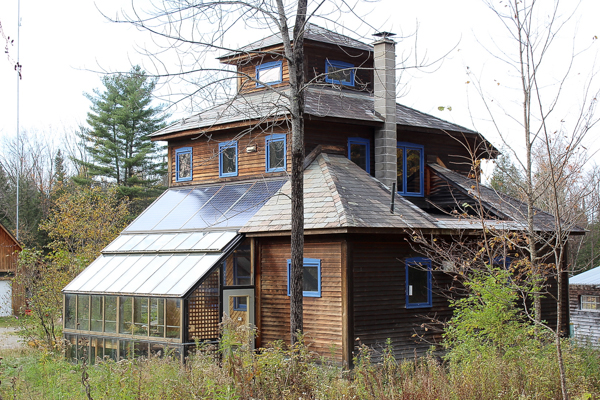 Off Grid Homes for Sale