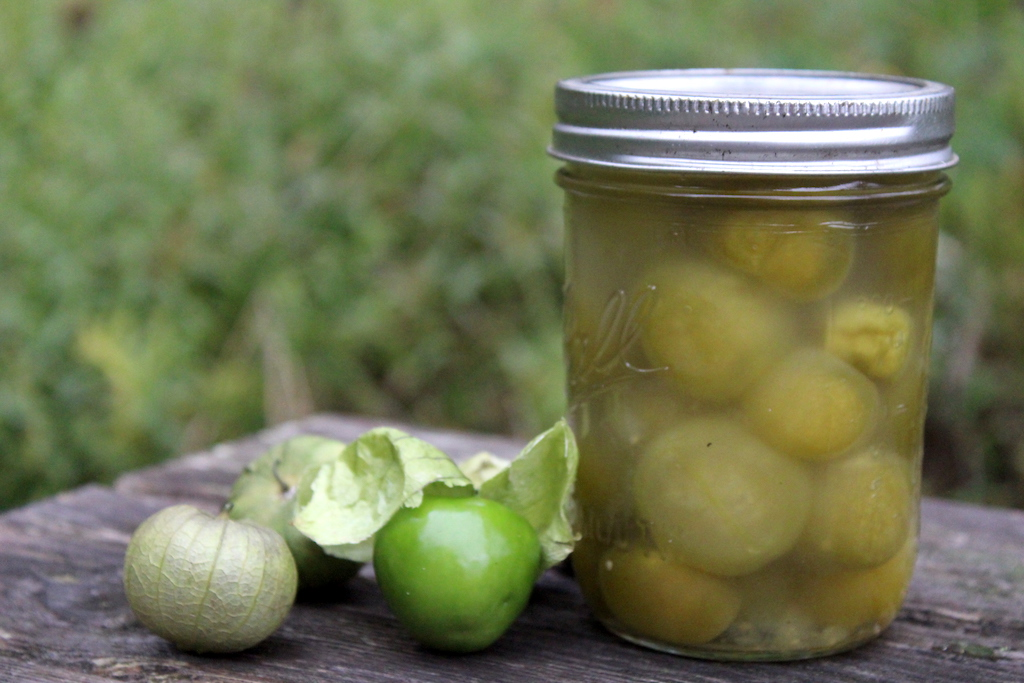 canning whole tomatillos