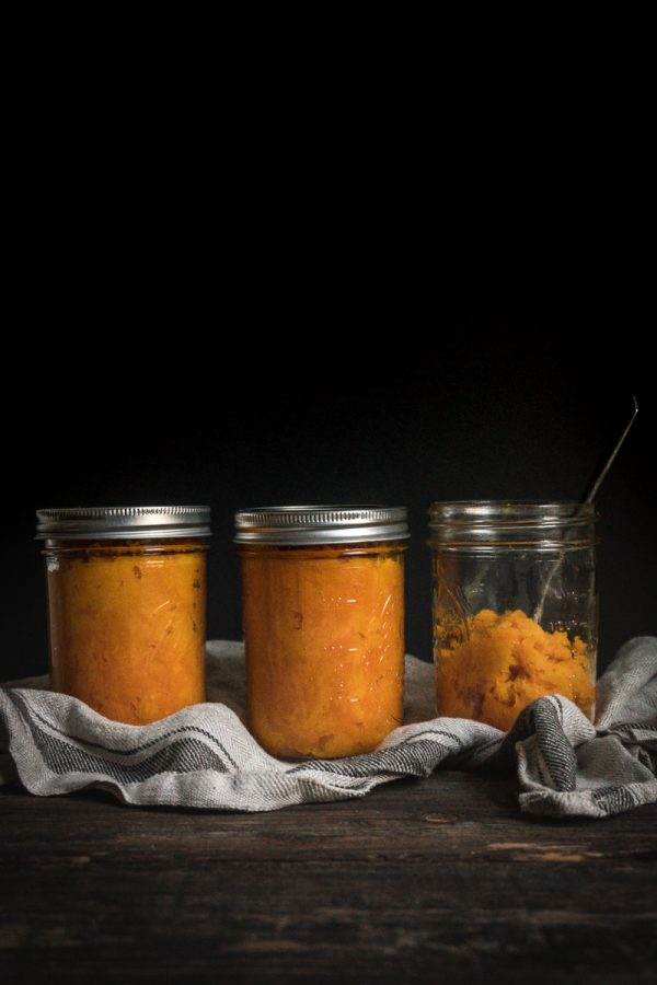 Making Homemade Pumpkin Puree ~ How to make pumpkin puree at home with any winter squash