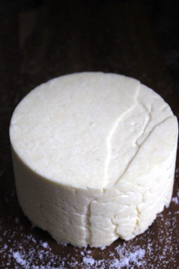 Homemade farmstead cheddar using a historical recipe from the 18th century