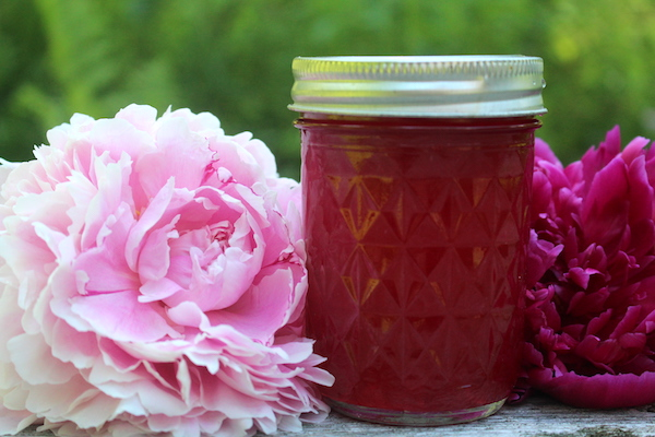 Peony Jelly from edible flower blossoms