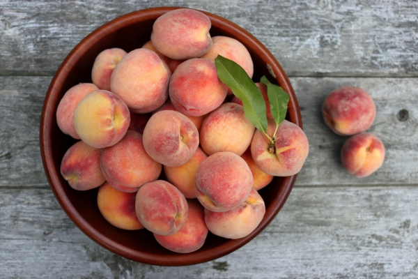 Fresh Vermont Peaches