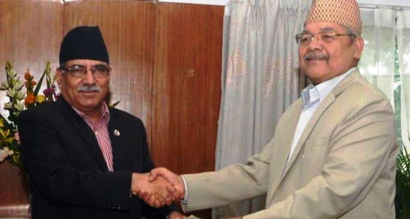 नेकपा विवाद : गौतम निवासमै पुगेर अध्यक्ष प्रचण्डले भेटे उपाध्यक्ष गौतमलाई