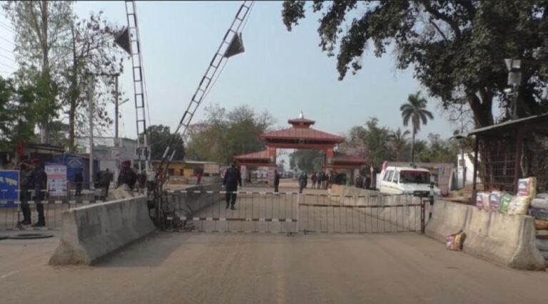कोरोना कहर : सीमावर्ती भारतीय शहरमा जान रोक