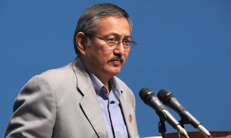 गृहमन्त्री खाणद्वारा गण्डकी प्रदेश प्रमुखलाई बधाई