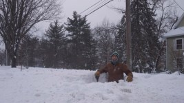 Derek in his one man/gopher snow pit.