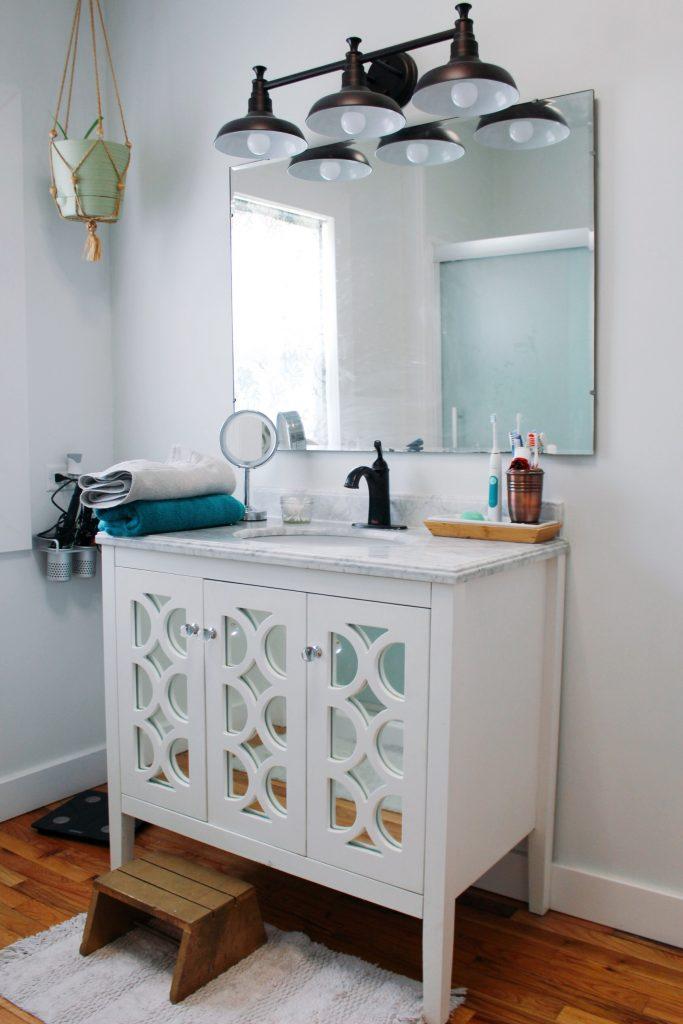 Prairie Cape Bathroom