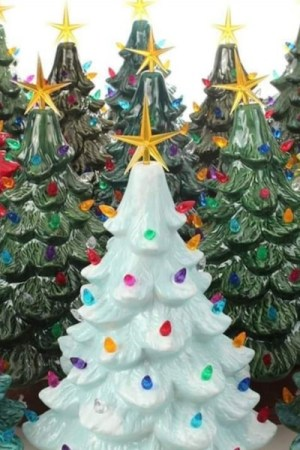 Decorate your own vintage light up Christmas tree at Prairie Berry Winery's Nov. 23, 2019, Sip N Paint event.
