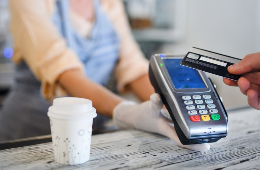 McKinsey survey indicates Canadians avoiding cash and bank branches