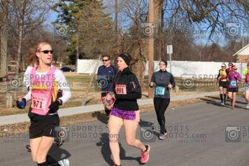 Who else here got up at 1:30 to drive 7 hours and run 26.2 miles? Photo Courtesy: Sports Photos