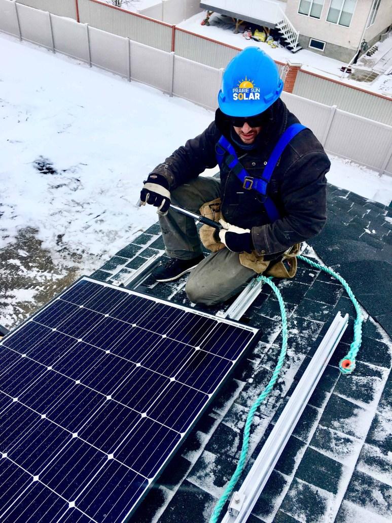 solar panel install in regina