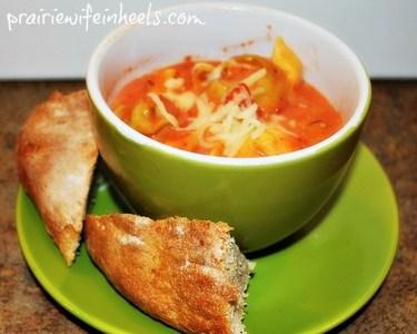 tomato tortellini soup