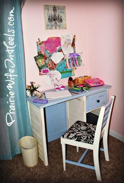Cowgirl G desk
