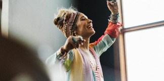 [MUSIC] Lauren Daigle - Still Rolling Stones (Social Distancing Version)
