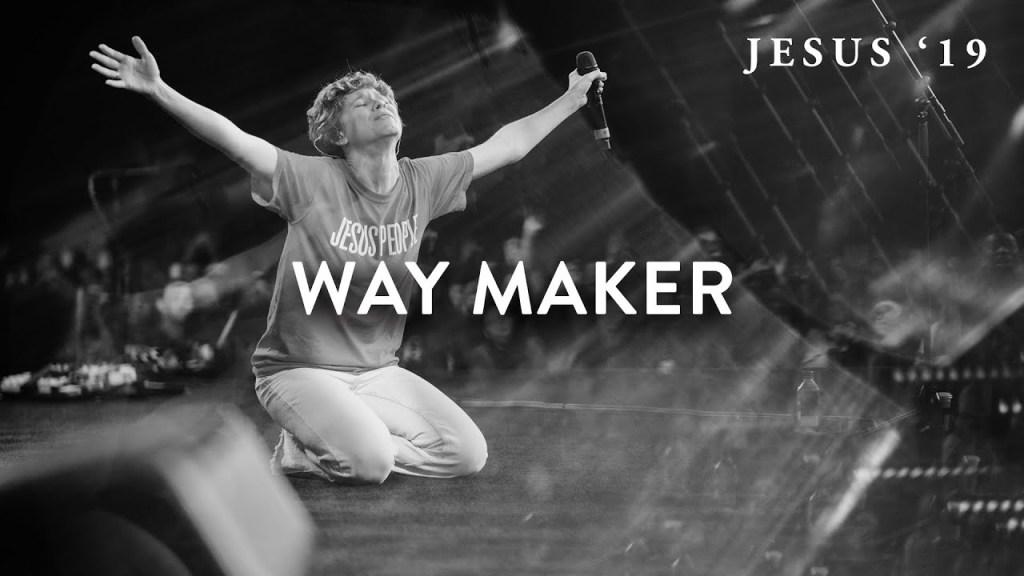 [MUSIC] Steffany Gretzinger - Way Maker