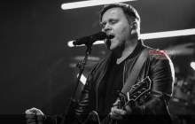 [MUSIC] Matt Redman - Jesus Your Name (Acoustic)