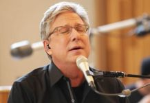 Don Moen Sings and Shares an Encouraging Word From the Scripture