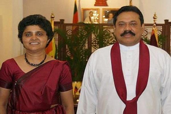 Shirani Bandaranaike with Mahinda Rajapaksa