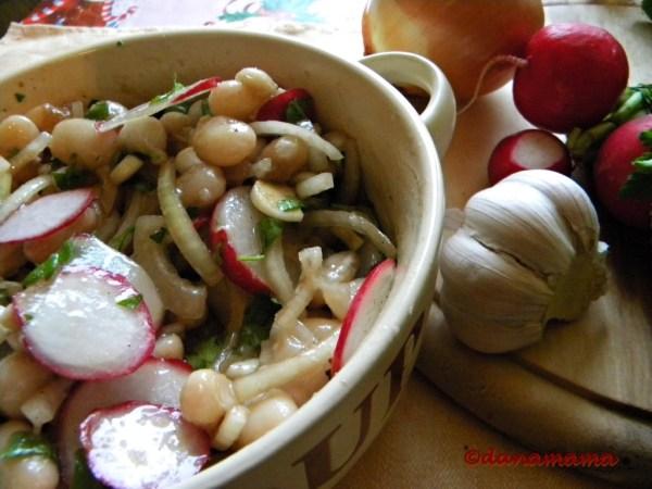 salata de fasole si ridichi.2jpg