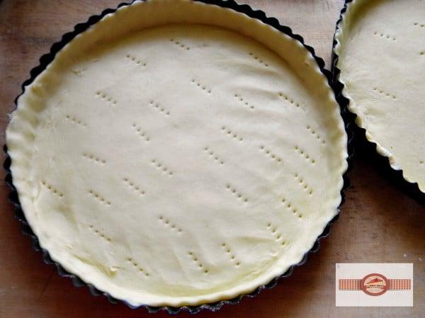 tarta cu crema de vanilie si mure