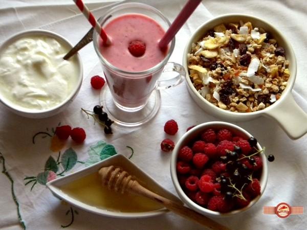 iaurt cu fructe3