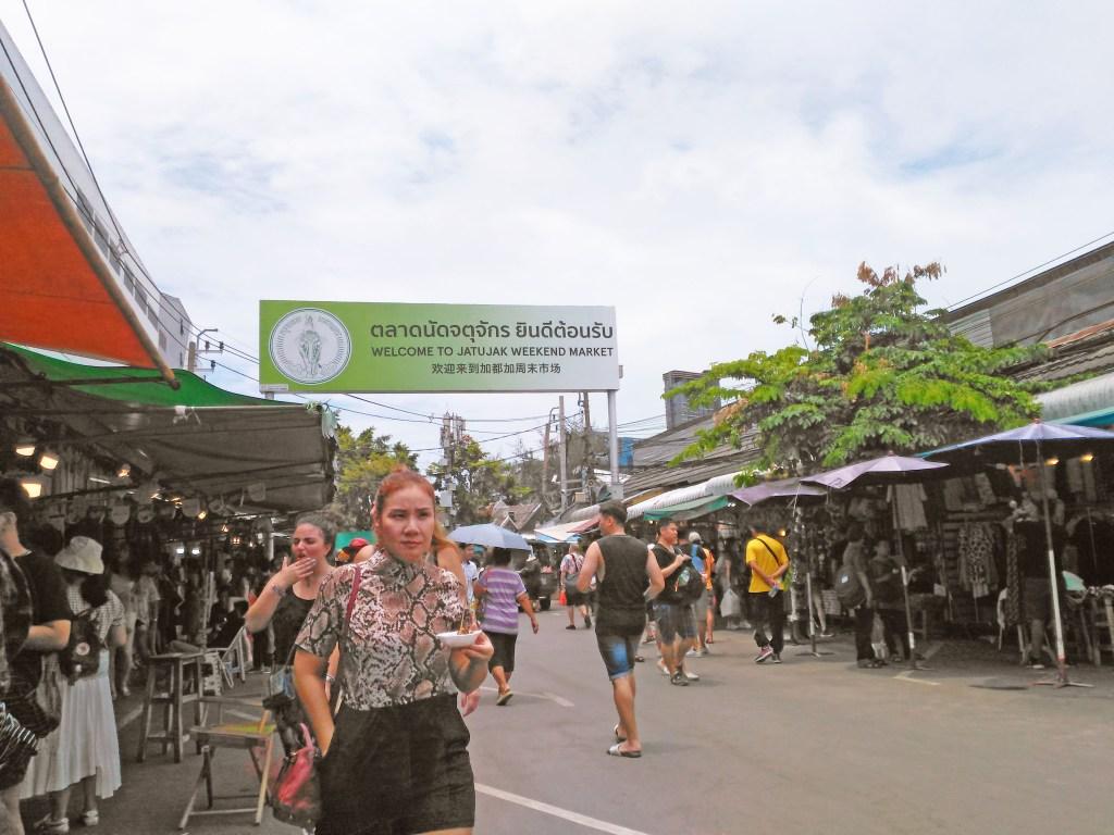 Pasar Chatuchak Jadi Salah Satu Tempat yang Bikin Aku Over Budget Karena Fashion/Foto: Prajna Vita