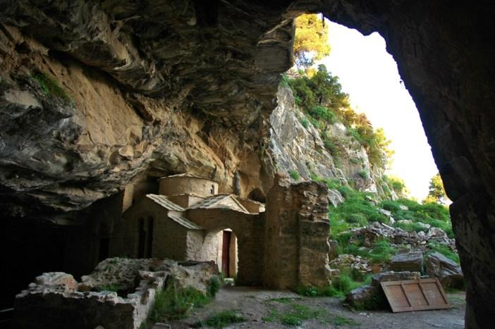 σπηλια -Νταβελη - Πεντελη