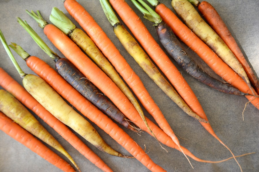 Roasted Carrots with Tahini Sauce