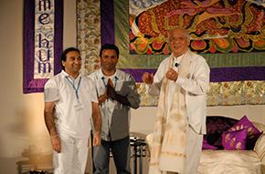 Vivek en Keshen met GMCKS