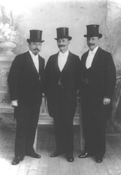 v.l.n.r.: Carl Pretscher, Carl Schaaf und Hermann Präuscher, Ehrung im Rathaus