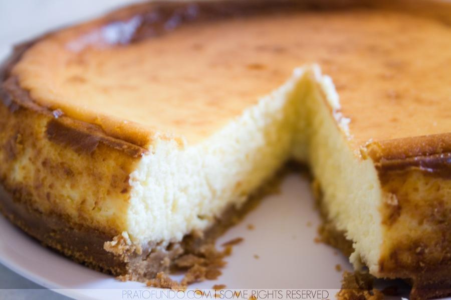 Cheesecake de Queijo Coalho e Goiabada