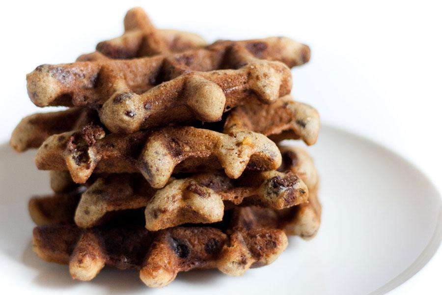 Cookie Waffle de Granola e Chocolate por PratoFundo.com