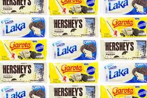 Batalha: Chocolate Branco e Cookies da Garoto Negresco, Hershey's Cookies 'n' Creme, Laka Oreo