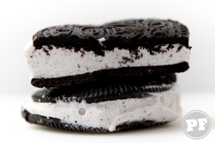 PraComer: Sorvete Oreo Sanduíche de Cookies e Cone por PratoFundo.com