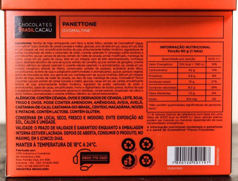 Listagem de ingredientes e tabela nutricional do Panettone Ovomaltine Chocolates Brasil Cacau.