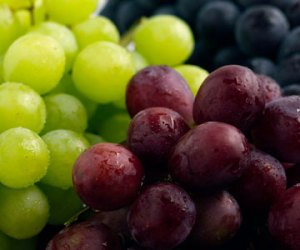 DIY Cleansers and Face Packs with Grapes